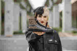 FA21 Skate Classics Cher Strauberry VN0 A5 KYB9 CY Sk8 Hi Decon Cher Cheetah Ls Elv Side2
