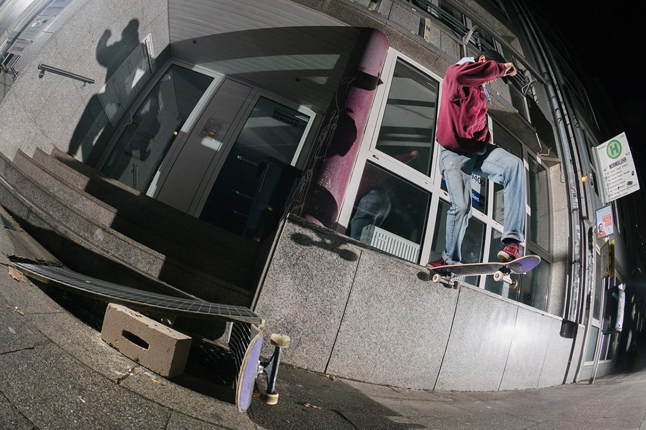 Leon Moss Bs Tailslide – Photo: Robert Christ
