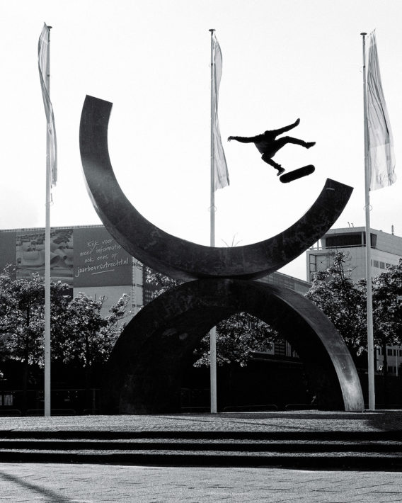 Samuel Beyer Kickflip To Fakie Ready – Photo: Robert Christ