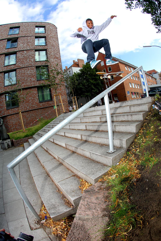 Ishod Wair – Kickflip 50-50