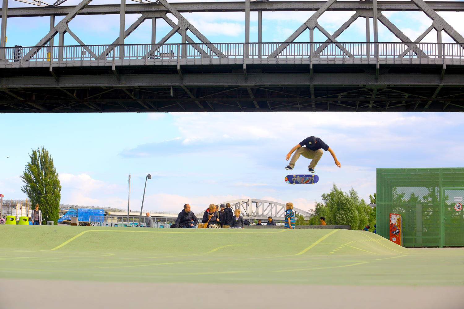 Mike Carroll – Heelflip