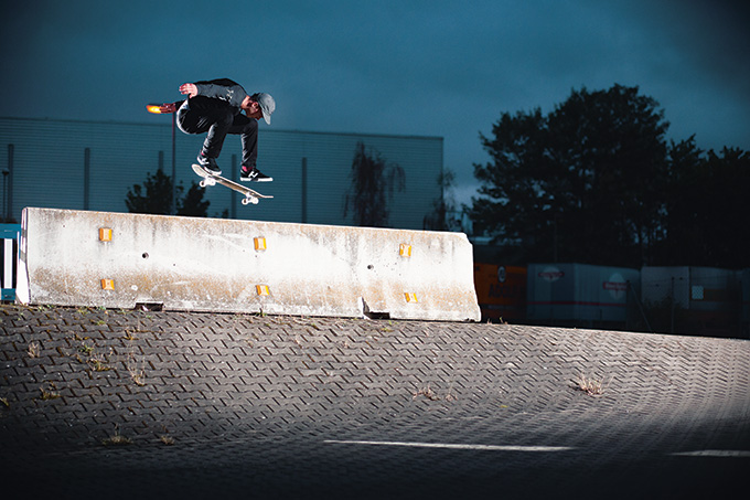 Alex Ullmann – Backside Flip