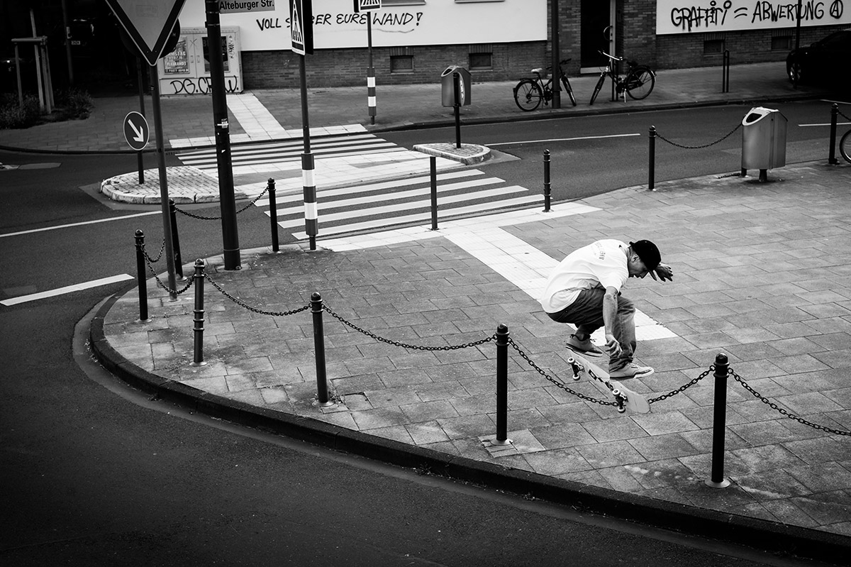 Antony Lopez – Backside Kickflip