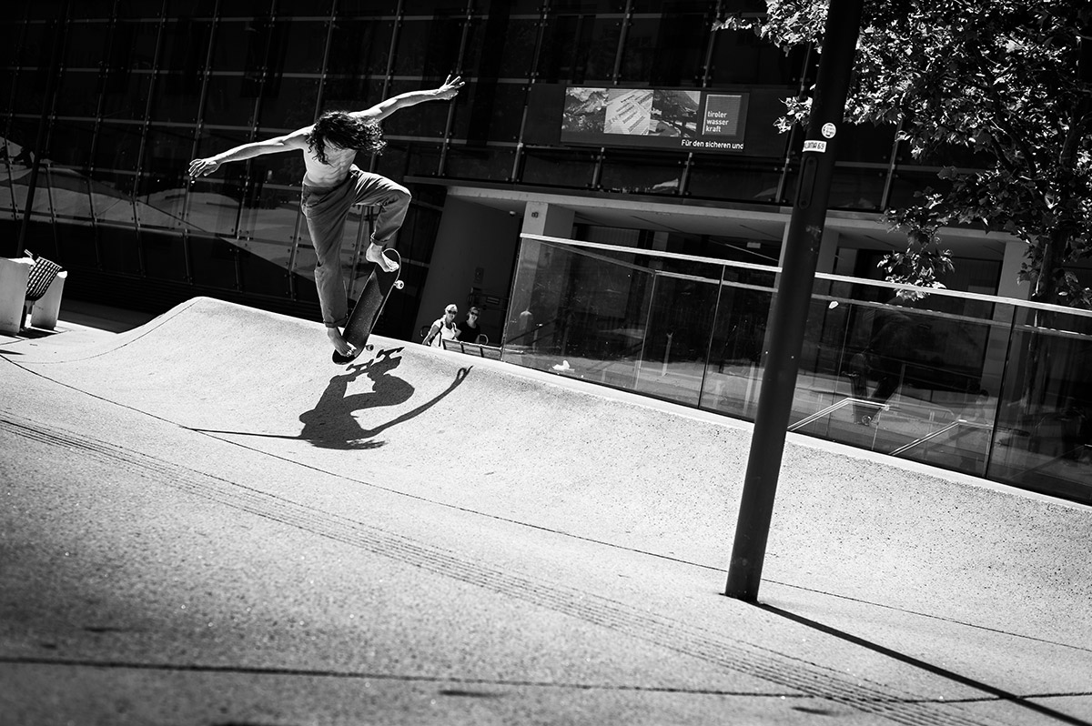 Evan Smith – Backside Nosebluntslide