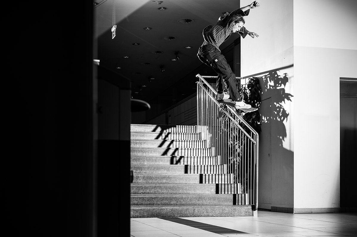 Evan Smith – Frontside Feeble